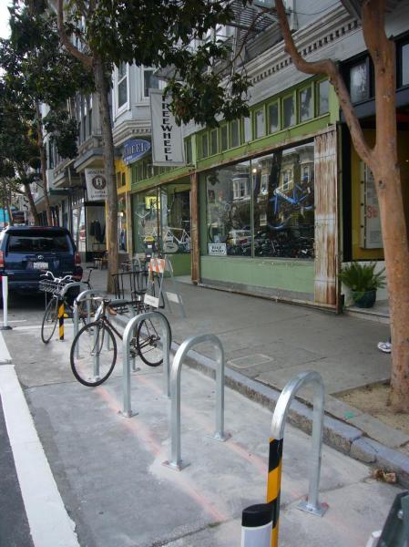 Valencia_bike_rack